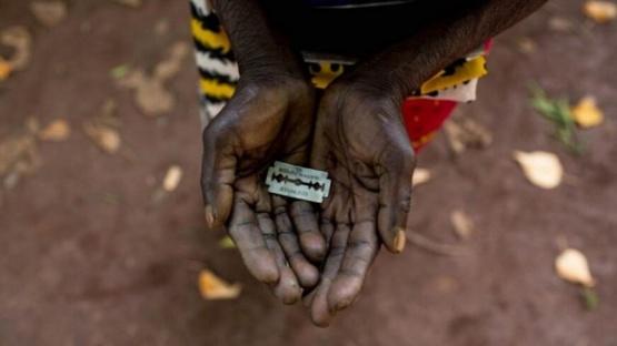 Sudán comenzó a penalizar con cárcel la mutilaciòn genital femenina