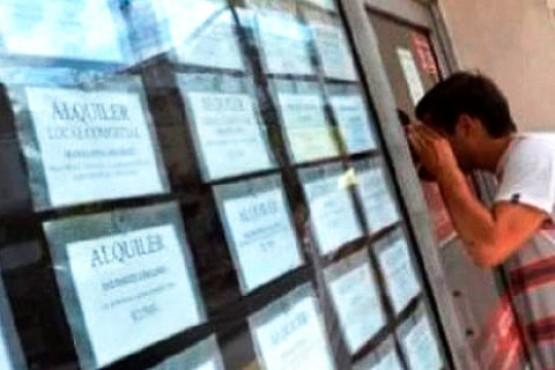 Amenazas con armas de fuego y corte de servicios a inquilinos por no pagar el alquiler