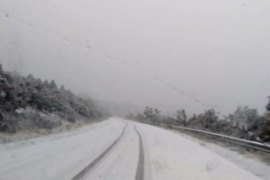 Ruta con nieve.