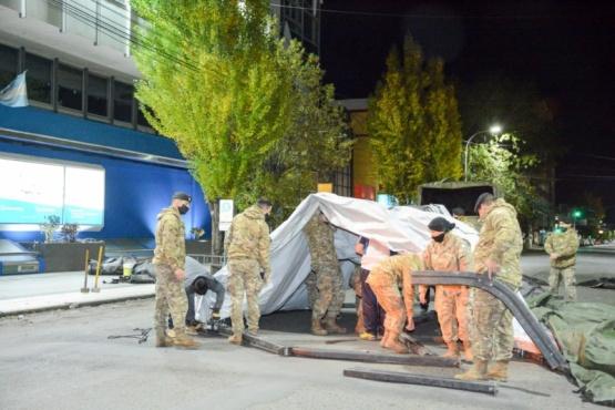 El Ejército armó carpa para el cobro de jubilados pasivos y policías retirados