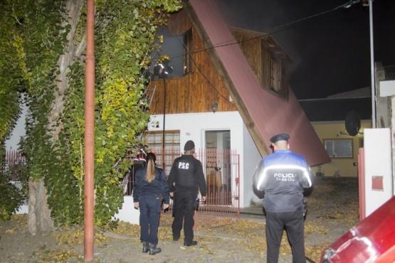 El incendio se originó en el primer piso de la casa. (Foto: C.G.)
