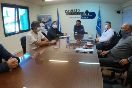Calvo recibió a miembros del Consejo de la Administración Portuaria