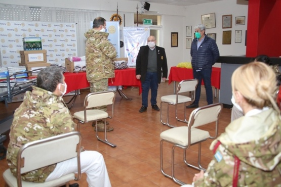 Donaron insumos de protección a fuerzas de seguridad y al Hospital Regional