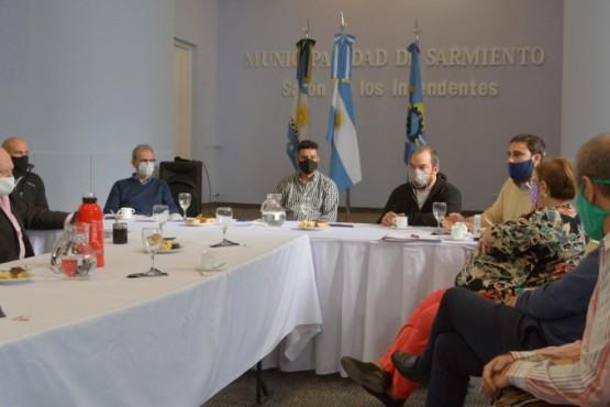 Ministros evaluaron con intendentes y jefes comunales las medidas por la cuarentena