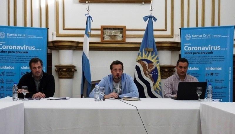 El equipo económico encabezado por Perincioli explicando días atrás la situación a los diputados.