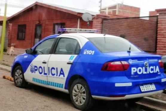 Móvil policial (Periódico Las Heras).