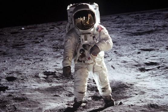 La orina de los astronautas podría servir para construir en la luna