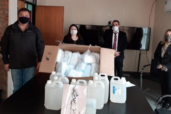 Sinopec Argentina entregó kits sanitarios en Santa Cruz
