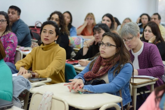 Promueven espacios de formación para docentes de Educación Secundaria