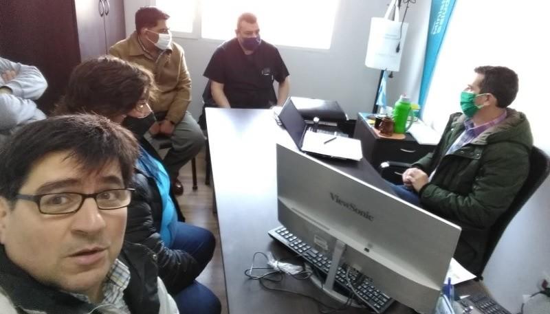 Reunión de trabajadores del hospital con Suárez Moré