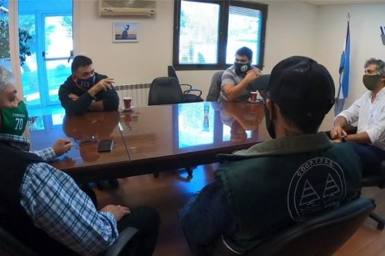 Calvo recibió a miembros de la Cooperativa de Servicios de Estibajes