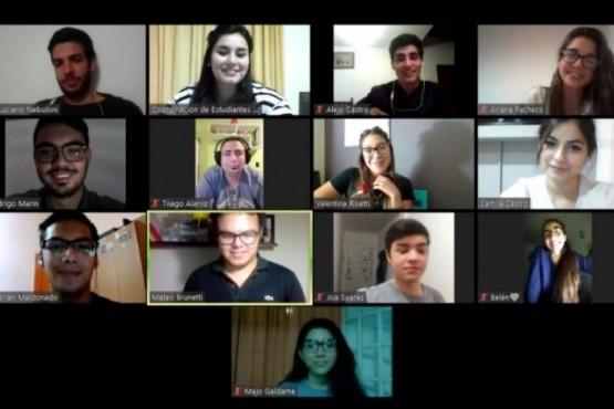 Estudiantes de Secundaria analizaron la Resolución 612 en encuentro virtual