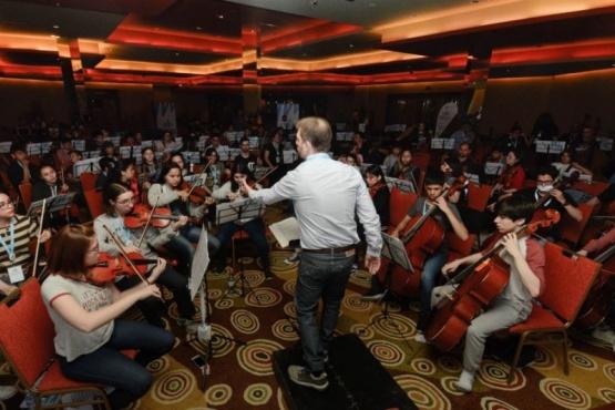 Capacitaran a profesores y coordinadores de orquestas y coros