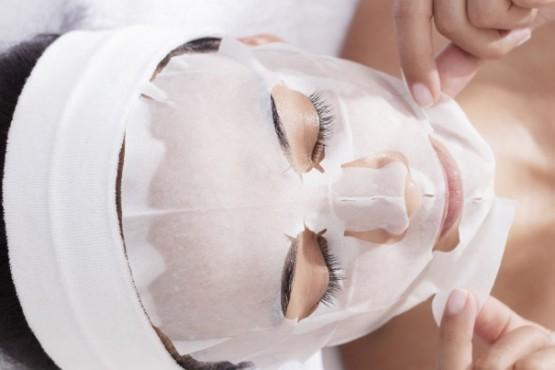 Cómo hacer tu propia máscara facial casera en cinco minutos