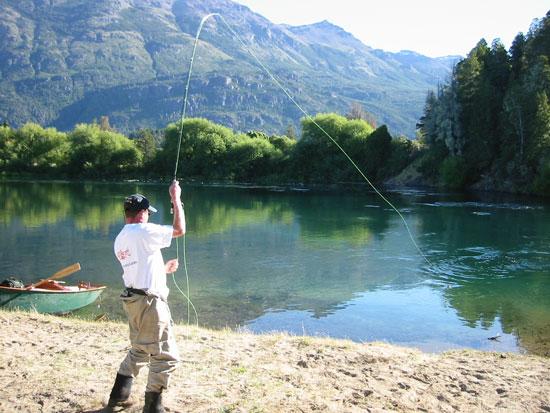 Autorizaron la pesca en la provincia.