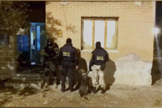 Vivienda allanada por el personal de Narcocriminalidad de Caleta Olivia.