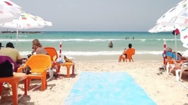 Israel reabre sus playas en medio de una ola de calor