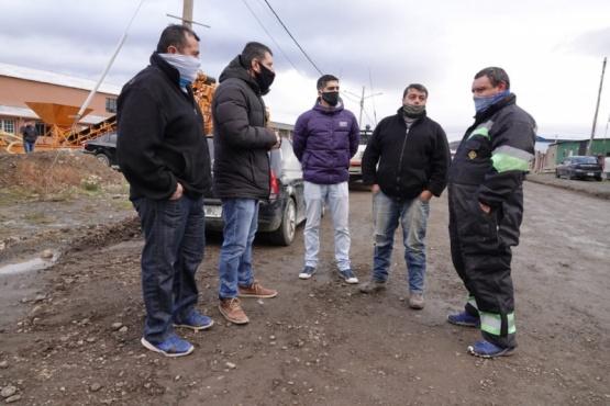 Gómez Bull recorrió la cuenca carbonifera para entregar sal