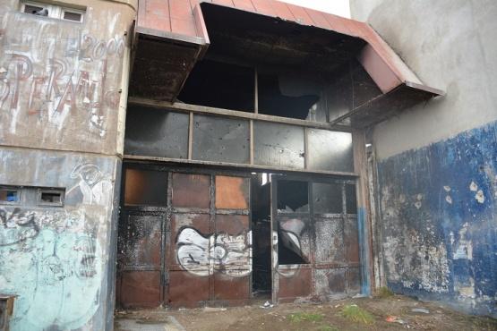 Bomberos sofocó incendio en Perito Moreno y Kirchner