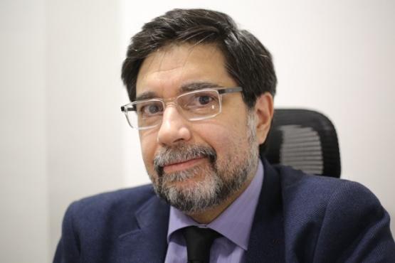 Dr. Luis Abbad.