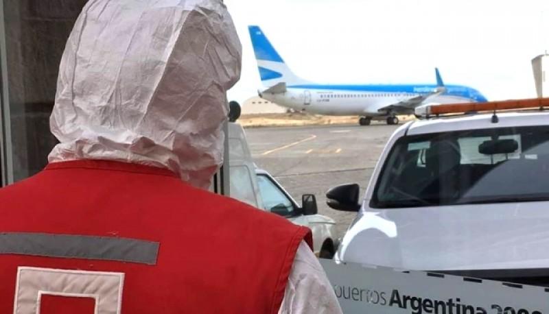 Controles realizados en el aeropuerto. (Foto Cruz Roja Río Gallegos)