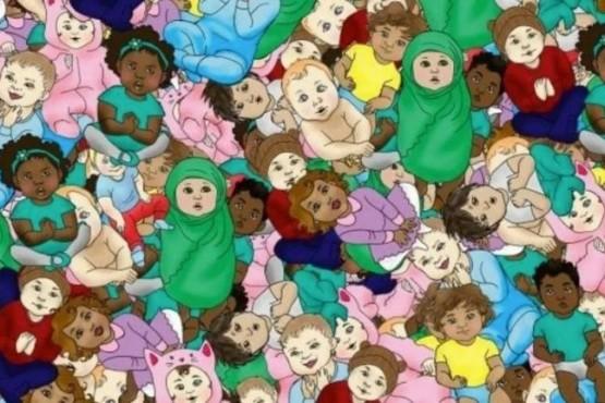 Encontrá al bebé dormido entre cientos de niños