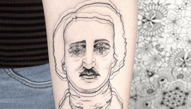 Tatuajes hiperrealistas: una joven realiza diseños con un impactante efecto borroso