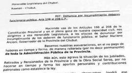Jubilados piden juicio político para Arcioni