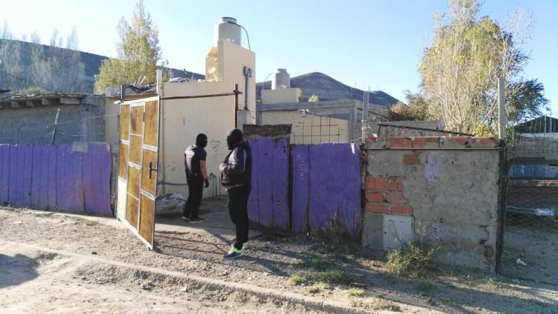 Realizan tres allanamientos por enfrentamientos armados entre vecinos