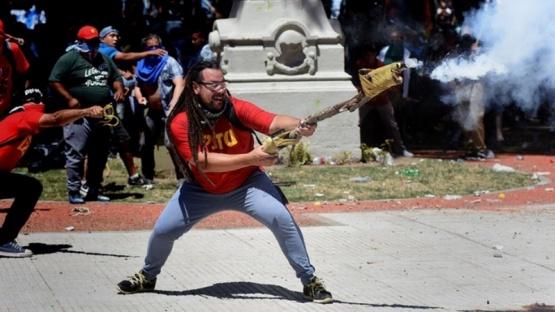 Detienen en Uruguay al militante que disparó un mortero