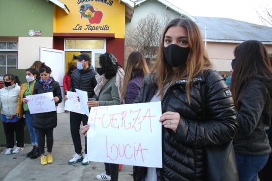 Convocatoria ayer frente a La Taperita (Foto C.G.)