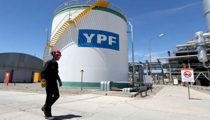 Desde YPF desmintieron la información y hablaron del acuerdo petrolero. (Ilustrativa).