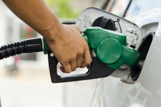 Lanzan un descuento en combustibles exclusivo para el personal de la salud: cómo acceder