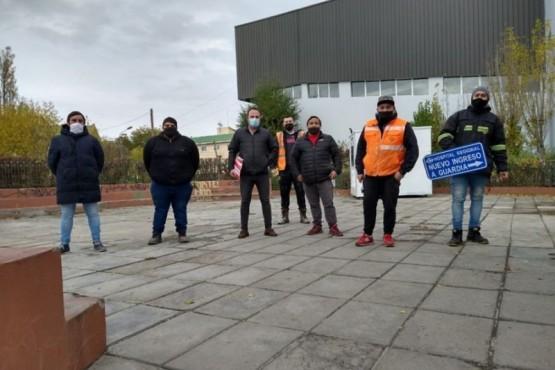 Vialidad Provincial colocó cartelería de señalización en el Hospital Regional
