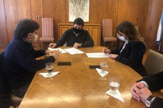 INAI firmó convenio con el ministerio de desarrollo social y viaja a chaco