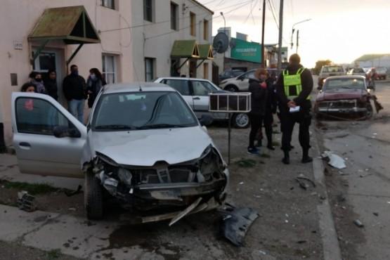 Persecución, choque y fuga en Río Gallegos