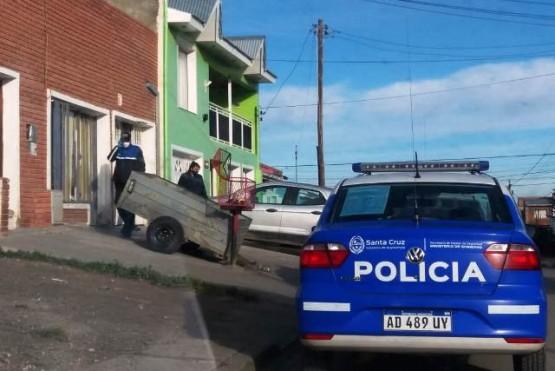 La policía llegó al lugar del hecho. (foto P.A)
