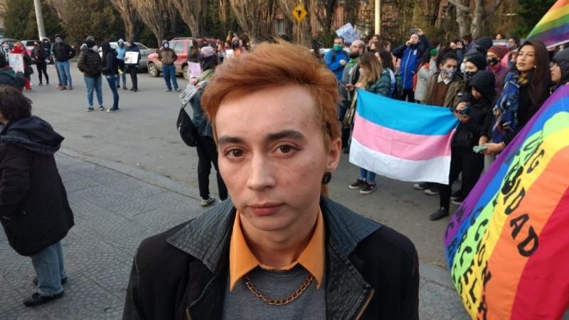 Marchan en repudio al ataque homofóbico