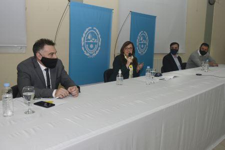 Alicia encabezó la presentación del Plan Invernal Municipal 2020