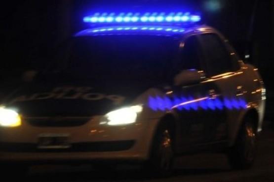 Ingresó al corralón policial y terminó detenido