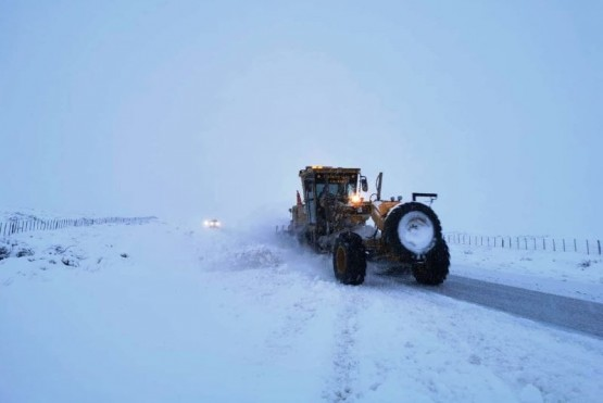 Despeje de nieve en las rutas