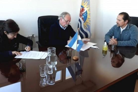 El Consejo Agrario firmó acta para la conservación del Macá Tobiano y Aves Playeras