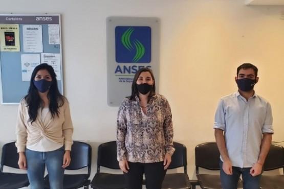 Carina Fernández asumió como titular de la ANSES