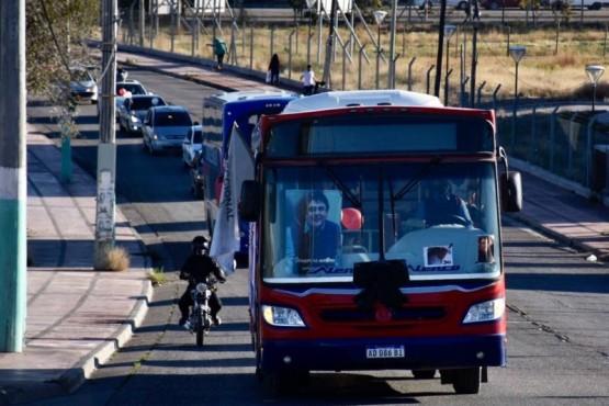 Sentido homenaje al chofer de Transporte el 22 fallecido por COVID-19