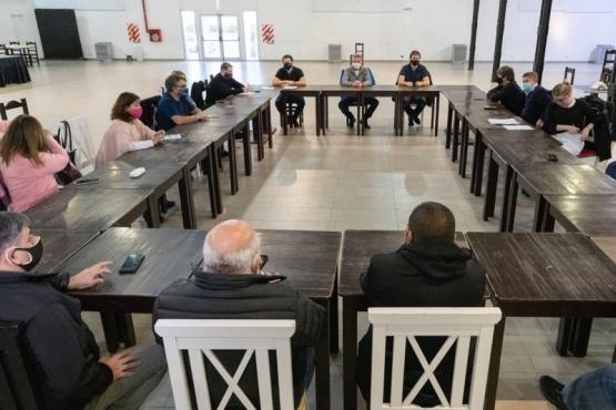 Provincia y municipios se reunieron con el comité de emergencia tras los últimos casos positivos