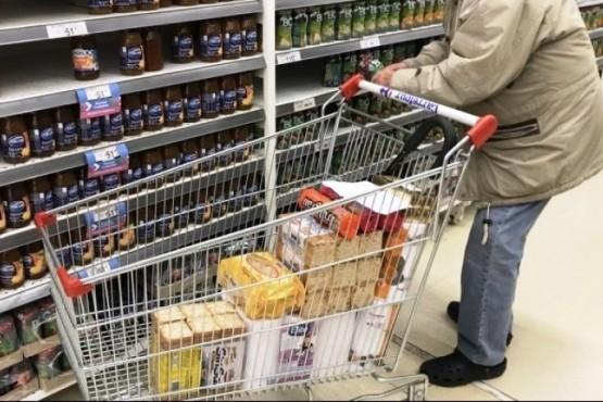 Pospandemia: los precios de alimentos, las tarifas y tarjetas de crédito