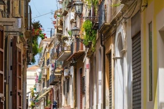 Un pueblo vende casas al valor de 1 euro