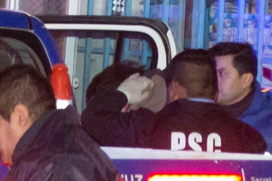 El hombre fue trasladado a la Comisaría Séptima. (Foto: C.G.)
