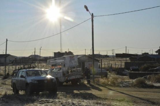 Servicios Públicos trabaja en el reacondicionamiento de luminarias