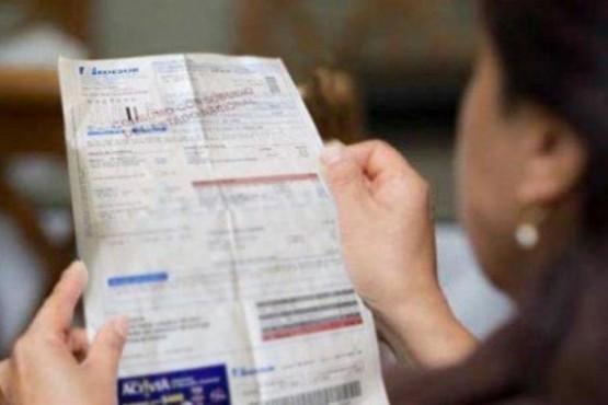 Gobierno prorrogó por 180 días el congelamiento de tarifas y la prohibición de cortar los servicios